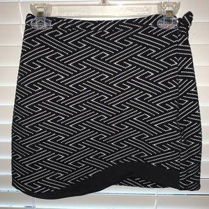 Black / White top shop skirt